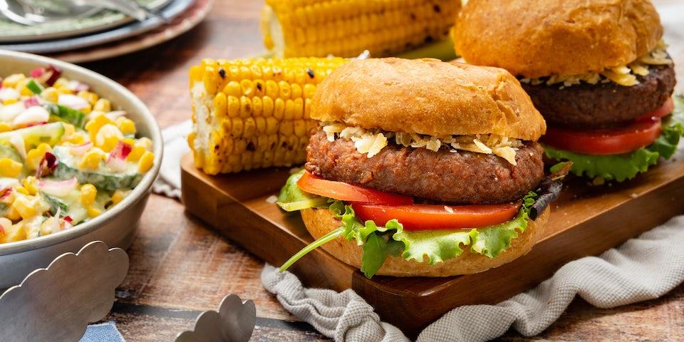 Futureburger op brioche met mais   Recept uit de maaltijdbox