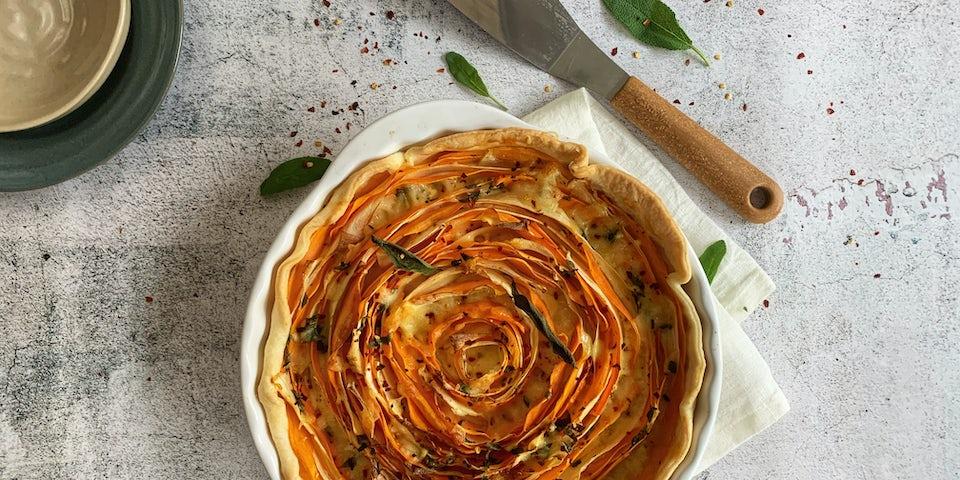 Week9 Spiraaltaart met zoete aardappel wortelpeterselie chili en fior di latte vierkant
