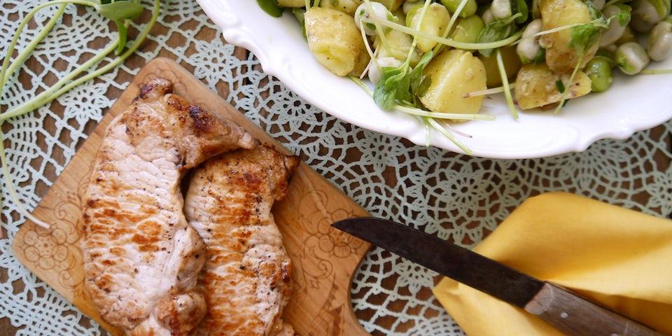 1652 Varkensfiletlapje Met Aardappel Tuinbonen Salade