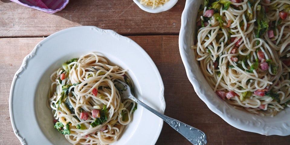 1930 Spaghetti Carbonara Met Andijvie En Spekjes