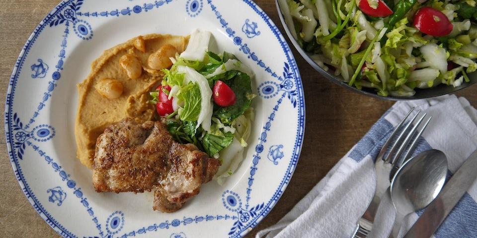 2276 Kippendij Met Waterkersbleekselderijchinese Kool Salade En Boterbonenpuree