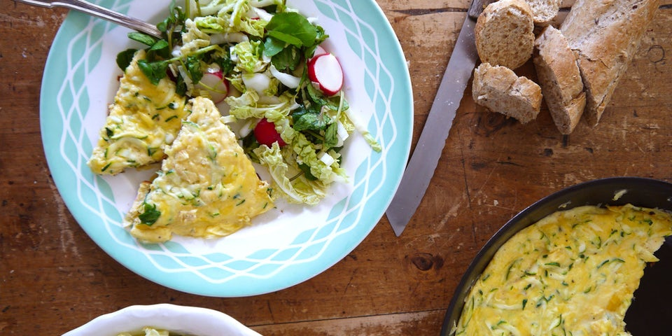 2458 Waterkers Salade Met Stokbrood En Een Courgettekaas Omelet