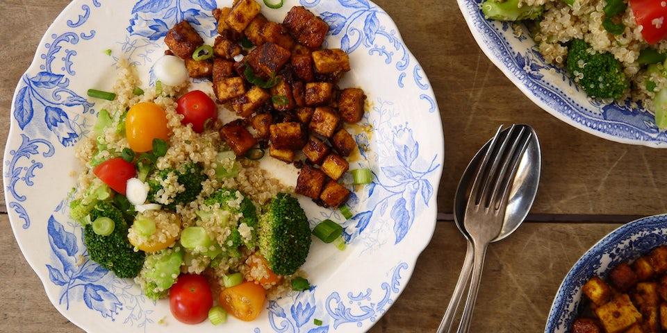 3111 Quinoa Met Broccoli Cherry Tomaatjes Garam Massala En Pittige Paneer