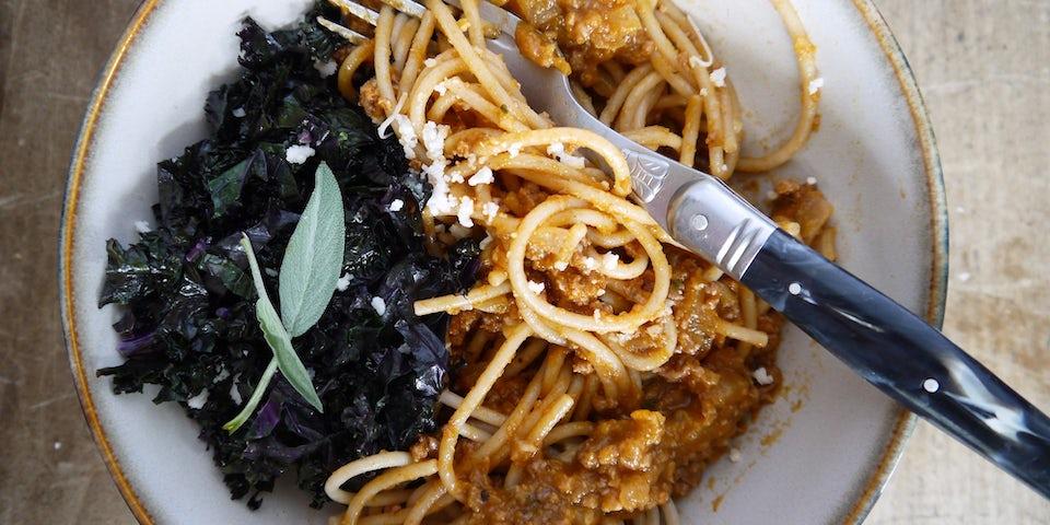 3339 Spaghetti Met Kruidige Pompoengehaktsaus En Paarse Boerenkool