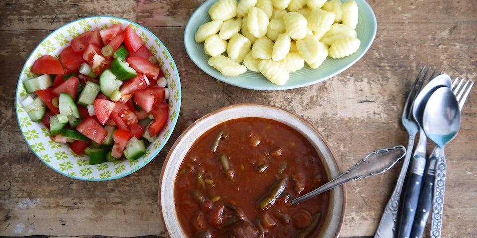 Wk 20 kant en klaar boeuf bourgignon tomatensla en gnocchi