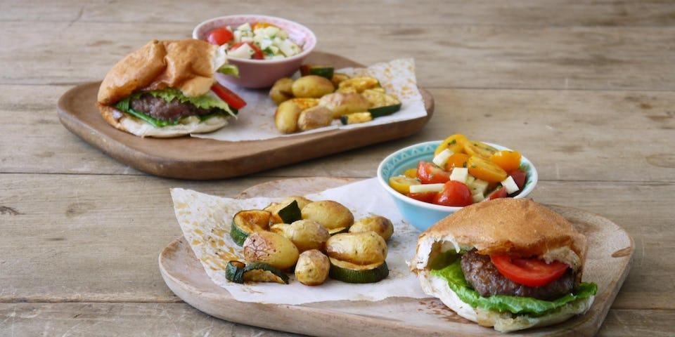 Wk 22 burger brioche cherry tomaat koolrabi krieltjes courgette FP