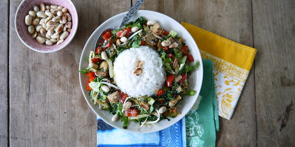 Wk 32 roerbak ei pinda paprika champi andijvie rijst