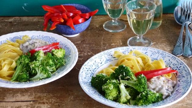 Wk 36 kan en klaar kalfsragout broccoli pasta fp