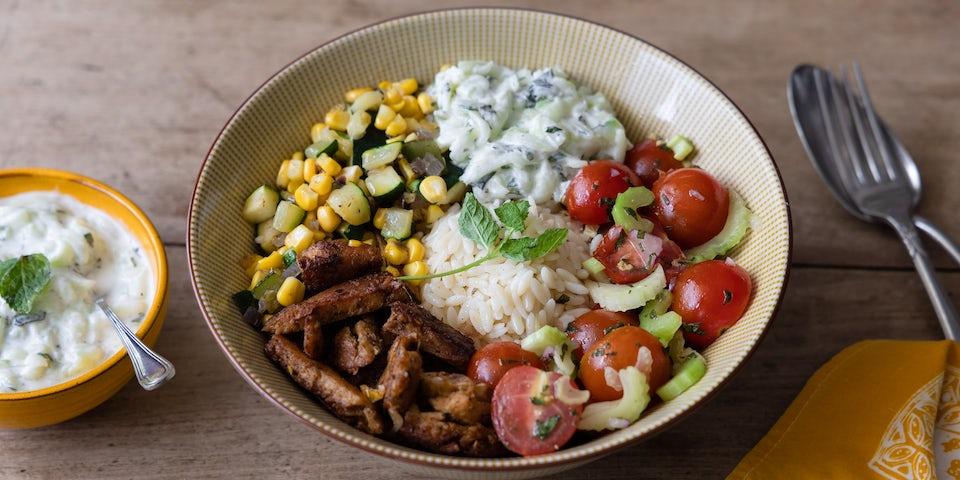 Wk 37 vegetarische gyros met courgette en mais tomatenslaatje