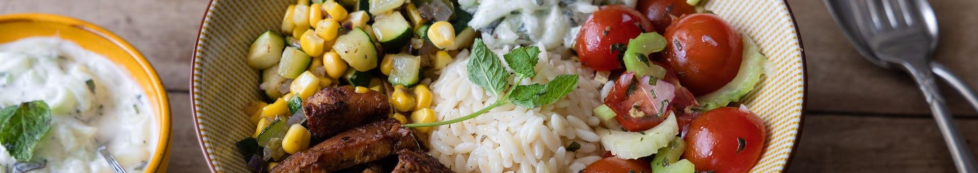 Wk 37 vegetarische gyros met courgette mais en tzatziki FP