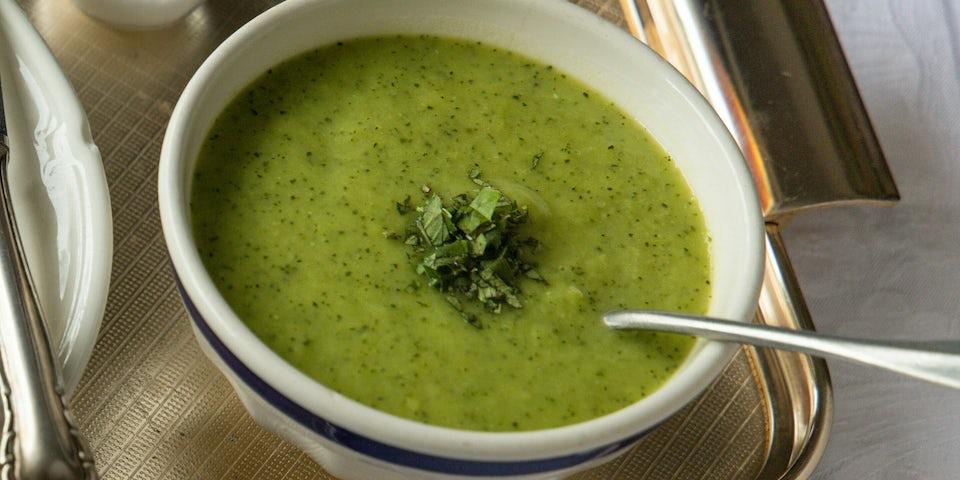Wk 38 businessclass steakpie met prei courgettesoep en salade FP