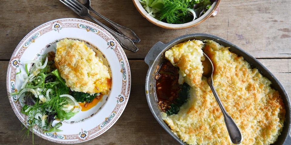 Wk 38 gehaktschotel meiraap wilde spinazie oude kaas wilde venkelsaalde
