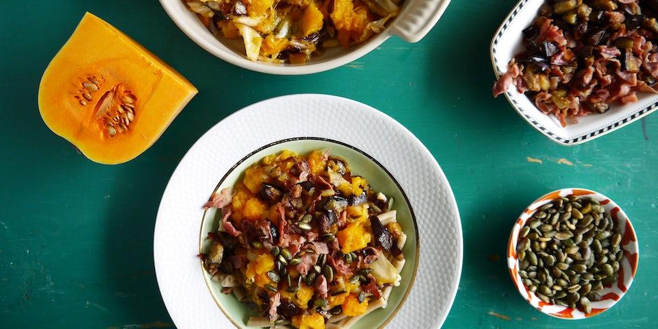 Wk 39 pompoenpasta rauwe ham aubergine radicchio