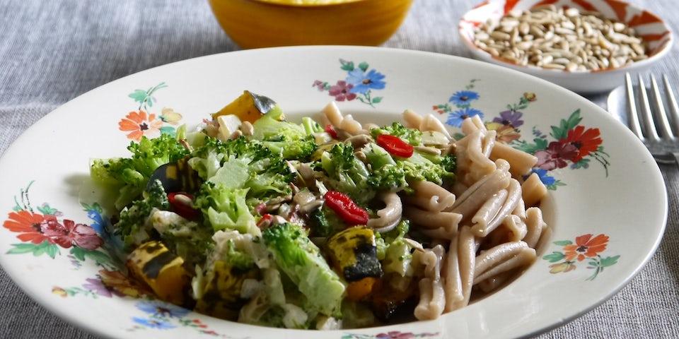 Wk 43 pasta carnival pompoen vegan kaas zonnebloempit broccoli edelgist 2