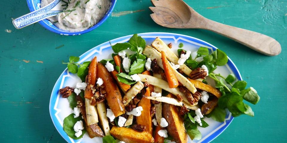 Wk 48 geroosterde groenten met pecannoten bonendip en geitenkaas