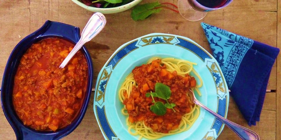 Wk-10-Spaghetti-Bolognese-Bloempie-met-sla-min