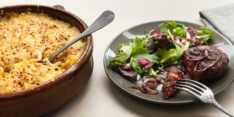 Wk 13 Venkel bataat aardappel gratin met komijnekaas tartaar speciaal met rode ui en salade 2