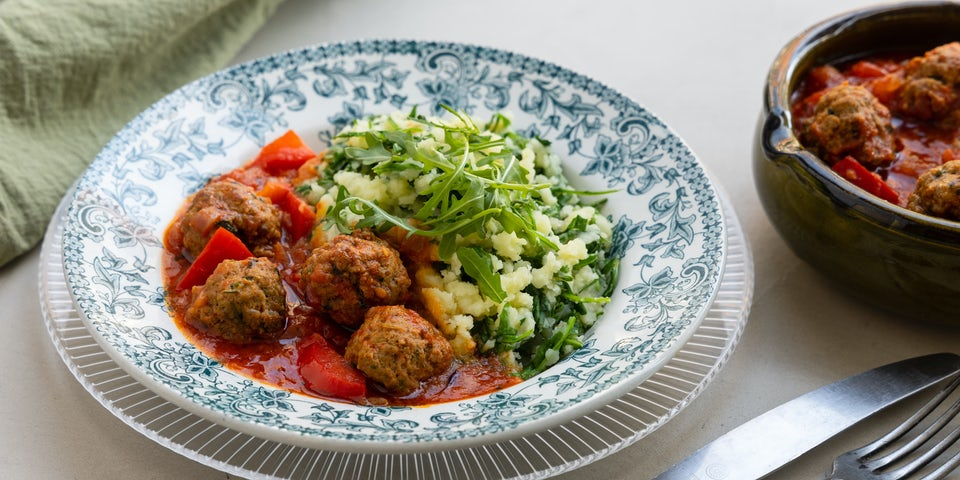 Wk 16 Baharat gehaktballetjes in tomatensaus met rucolastamppot