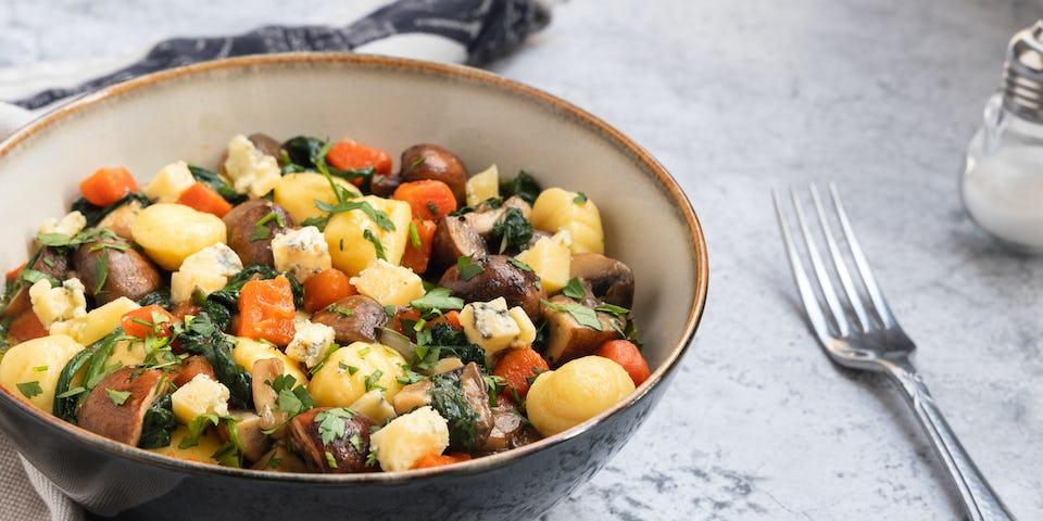 Wk 18 Geroosterde gnocchi met spinazie kastanjechampignons en blauwe kaas
