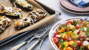 Courgettebootjes met Veggielovers burger recept   Maaltijdbox