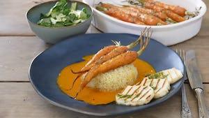 Maaltijdbox recept haloemi met peen paksoi worteljus bulgur en dragonolie