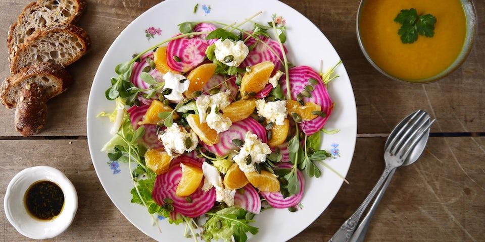 Salade met chioggia en sinaasappel en mozzarella | Maaltijdbox recepten