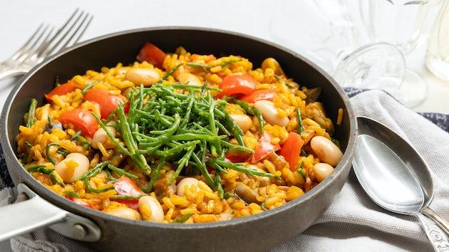 Vegan paella met zeekraal recept   Maaltijdbox recepten