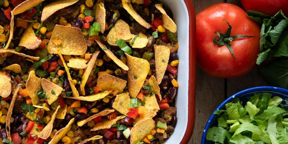 Chili sin carne met zure room en tortillachips | Maaltijdbox recepten