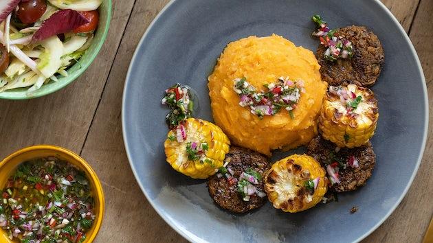 Meatless Sparc burgertjes chimichurri puree mais | maaltijdbox recepten