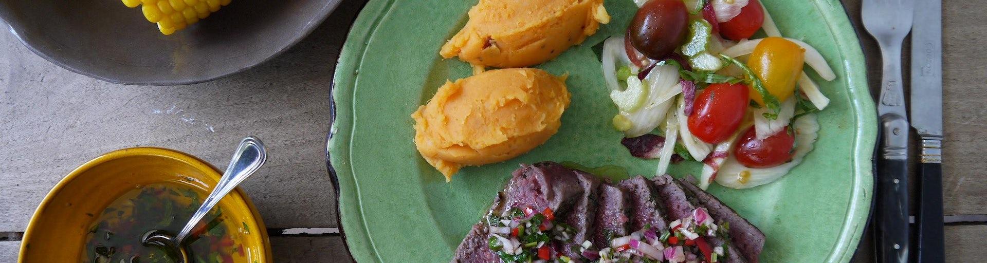 Wk 41 duitse biefstuk chimichuri mais bataat puree